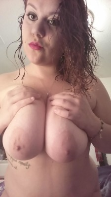 Do you like big tits and face?