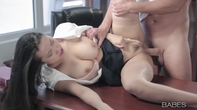 Sexy Sharon Lee - Big Boobs & Crempie