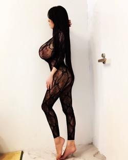 Hitomi rocking a lace bodysuit (XPost from r/Hitomi_Tanaka)
