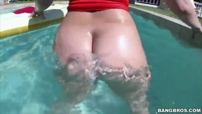 Alexis Texas - Bootiful Fun In The Sun