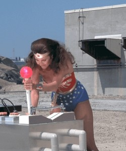 Wonder Woman had pretty good plots for television in 1977
