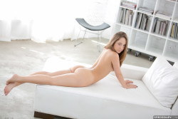 Remy Lacroix's butt just waiting for some penises...