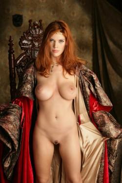 Roxetta the redhead maiden