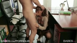 Alexis Brill gives head