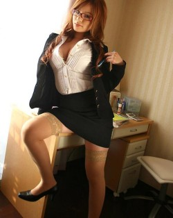 Secretary starts her strip