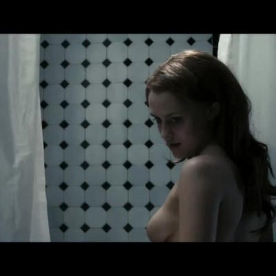 Teresa Palmer provides the plot points and backstory of 'Restraint'