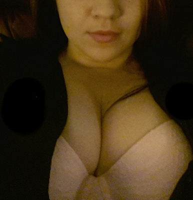 Some Monday morning cleavage