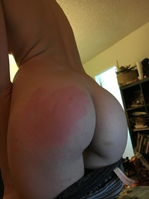 Someone in a can show asked me to spank her. I think I did a did a pretty good job [f]
