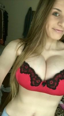 Strong bra