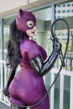 This is a Cat woman I can get behind ...