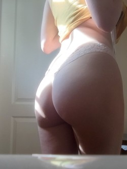 post shower morning booty (f)