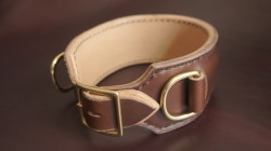 A color test collar in brown Chromexcel and raw veg-tan with solid brass hardware. I'm in love.