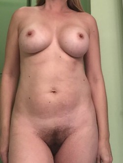 Any ladies or couples want to chat with me? (F)