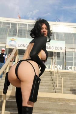 Ass On Public