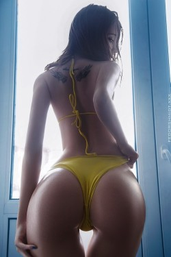 Best Curves Ever!!