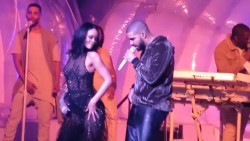 Rihanna and Drake - Work @ Anti World Tour [More in Comments]
