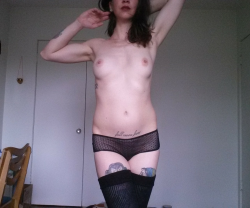 (F)irst time posting here. How about some tatts and thigh highs?