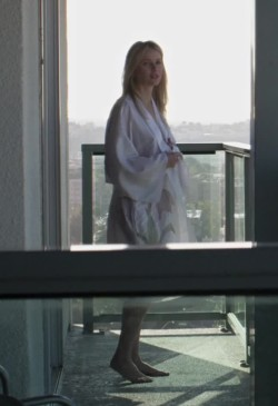 Naomi Watts and her sharp nipple plot