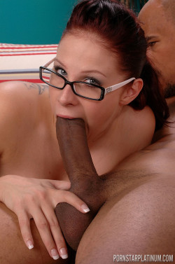 Gianna Michaels taking a big mouthful