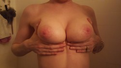 Heaping hand(f)uls of titties