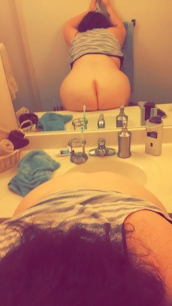 I have finally learned to [f]all in love with my ass! Do you think you could love it
