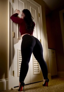 I love yoga pants