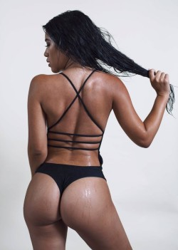 Julia Kelly's thick ass
