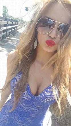 Lipstick selfy