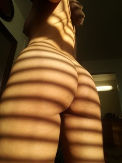 Maybe leaving the blinds open wasn't such a bad idea... ;) [f]