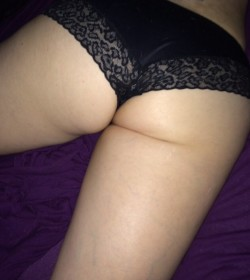 My wife's ass .... She doesn't think it's hot ..... Thoughts ?
