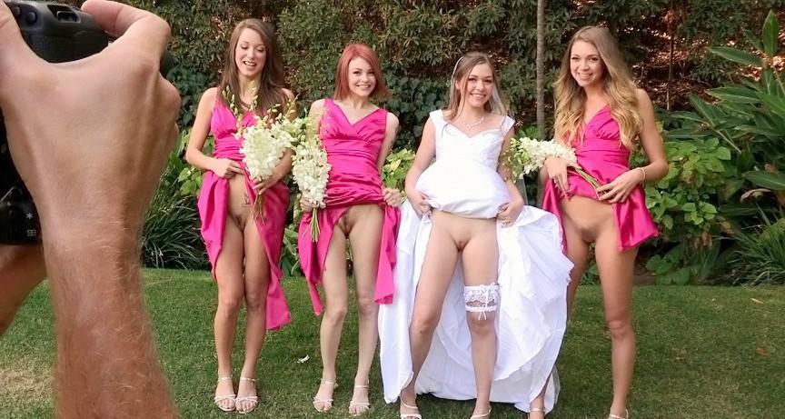 фото три подружки не одевают под платья трусы восемь вечера долгожданный