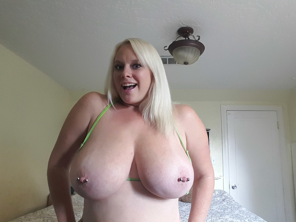 Perfect tits for bars