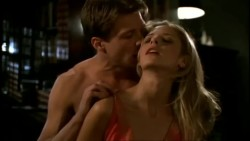 Sarah Michelle Gellar is hot af in Buffy