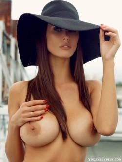 Pretty big hat