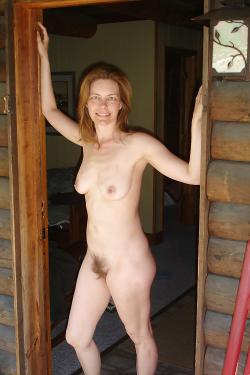 Redhead MILF with a bush