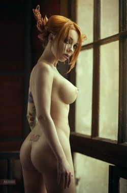 Ridiculously hot redhead