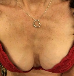 Sweet cleavage. Dive in.