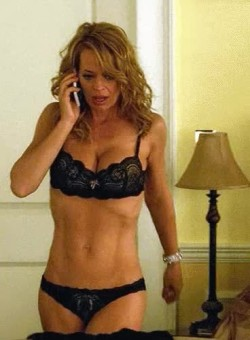 Jeri Ryan's push-up plot in Body of Proof