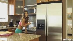 Super Hot Girlfriend Eva Lovia Takes A Big Cock