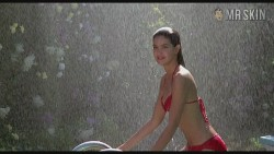 Phoebe Cates' iconic plot in Fast Times at Ridgemont High
