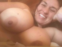 here is another shot of her tits.