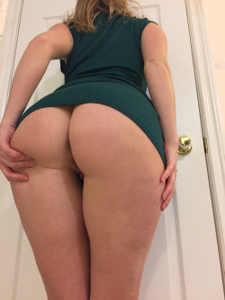 wanna have some fun and get drunk on my ass tonight? [f]