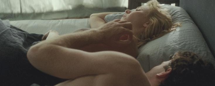 Naomi Watts pokies plot in 'Adore' (bonus in comments)