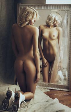 Blonde in the mirror