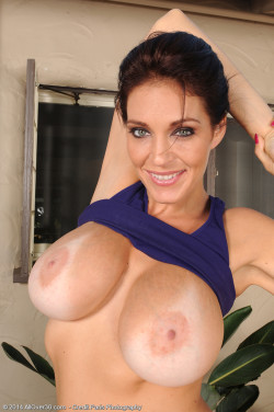 Charlee's big tits