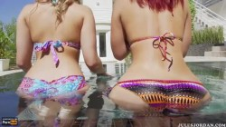 Big asses in the pool