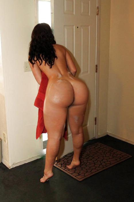 голые девушки с большими попами фото