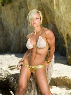 Fit girl Jamie Eason