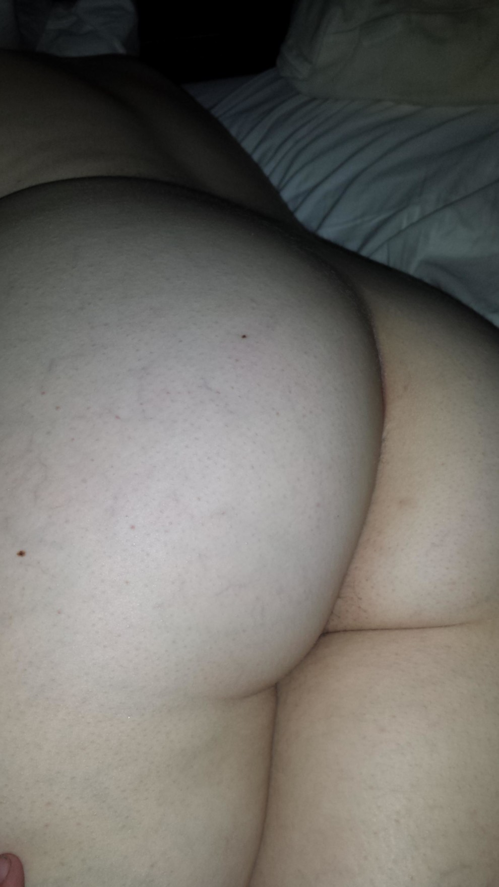 Girl(F)riend is looking for a lady friend