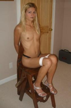 Kinky Blonde